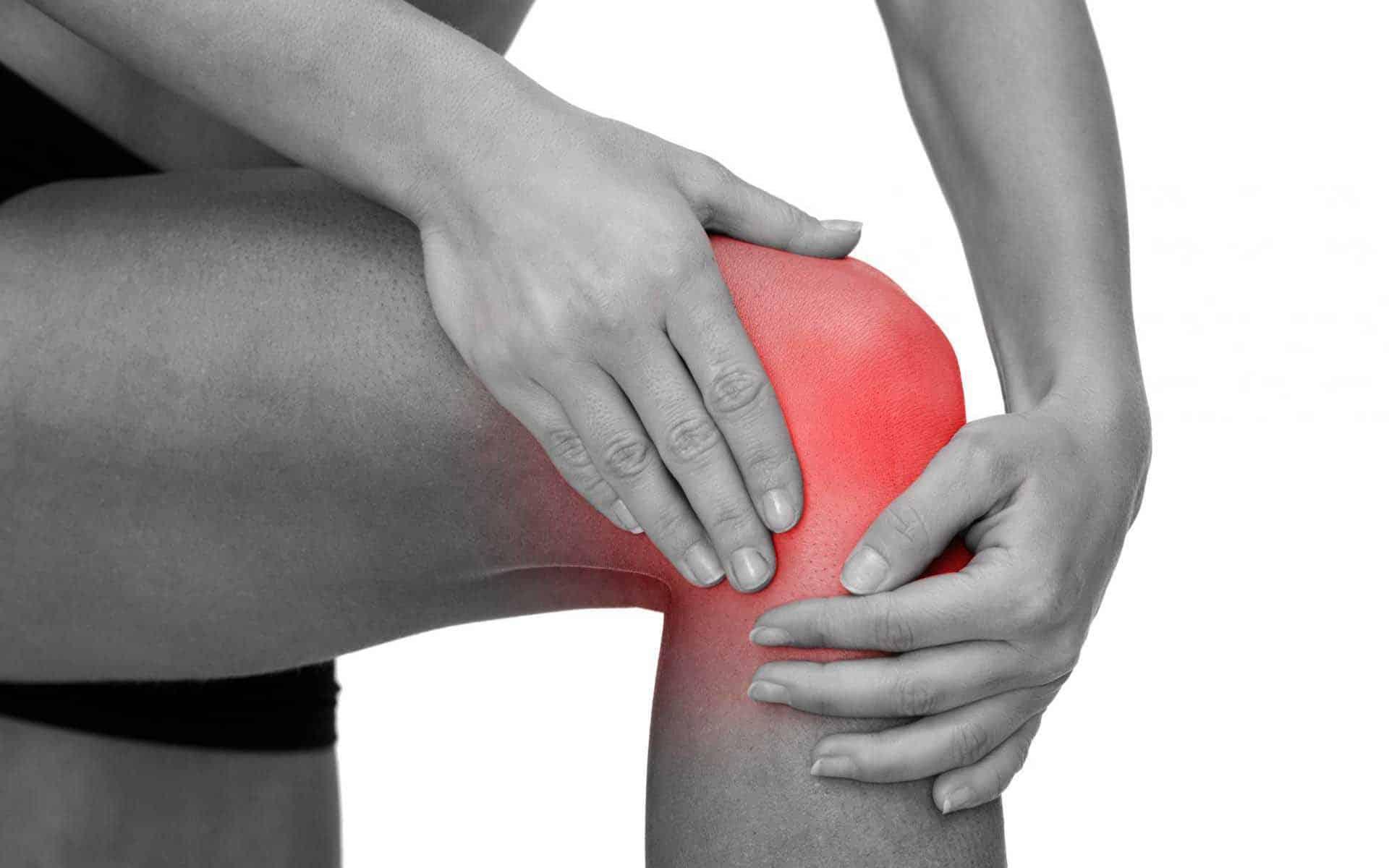 Почему болит колено?