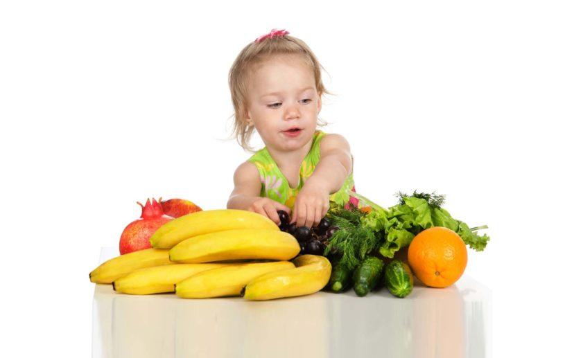 Можно ли приучать ребёнка к вегетарианству